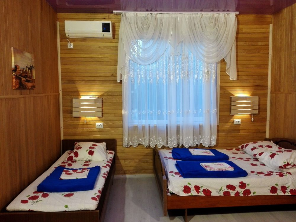 гостиница фиолетовый номер Архипо-Осиповка
